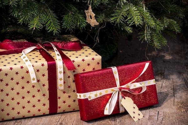 gifts-3835455_1920.jpg.48a4853f11423fd65df219c7cc1ff2c5.jpg
