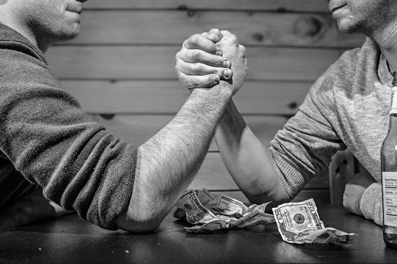 arm-wrestling-567950_1280.jpg.87bf57ce40f7677c2f0a9eda01cb5f84.jpg
